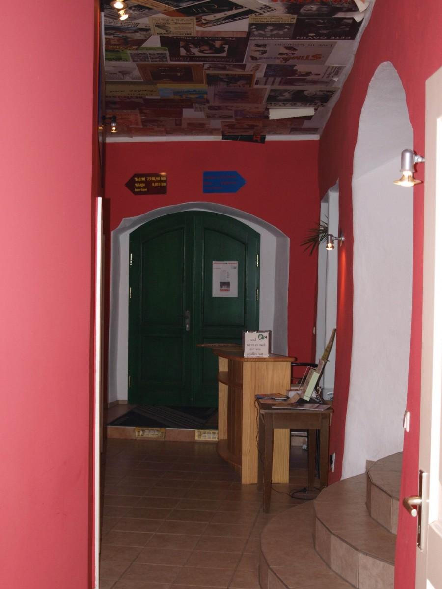 Art Von Foyer Kreuzwort : Kleinkunstbühne q unser haus